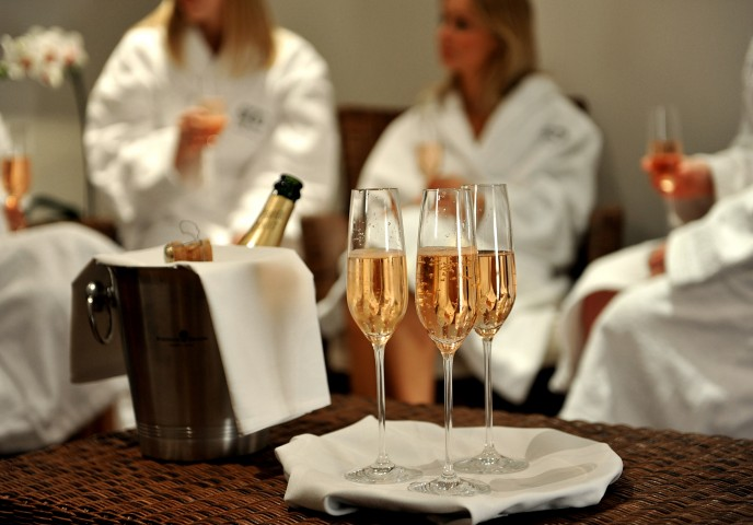 le reve spa parties