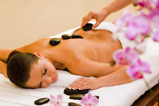 Le Reve Hot Stone Massage